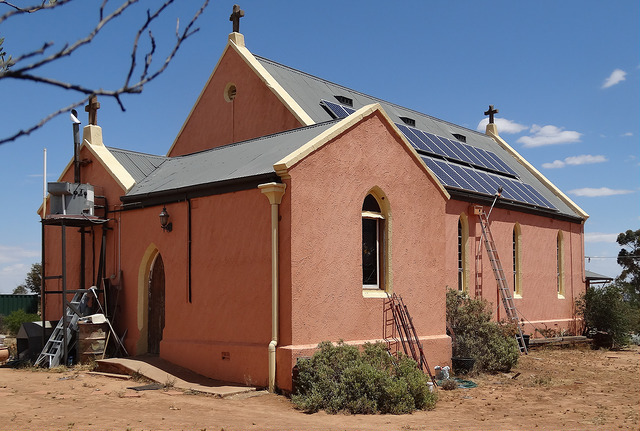 solar church denisbin CC BY-ND 2.0 flicker climate change movement lesson building religion